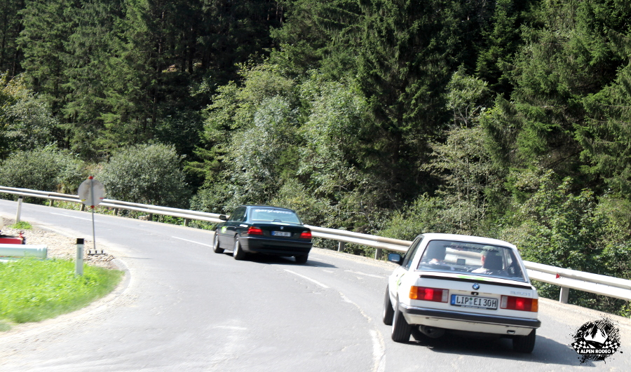 19-alpen-rodeo-youngtimer-oldtimer-adventure-roadtrip-nockalmstrasse-bmw-e30-e38.JPG
