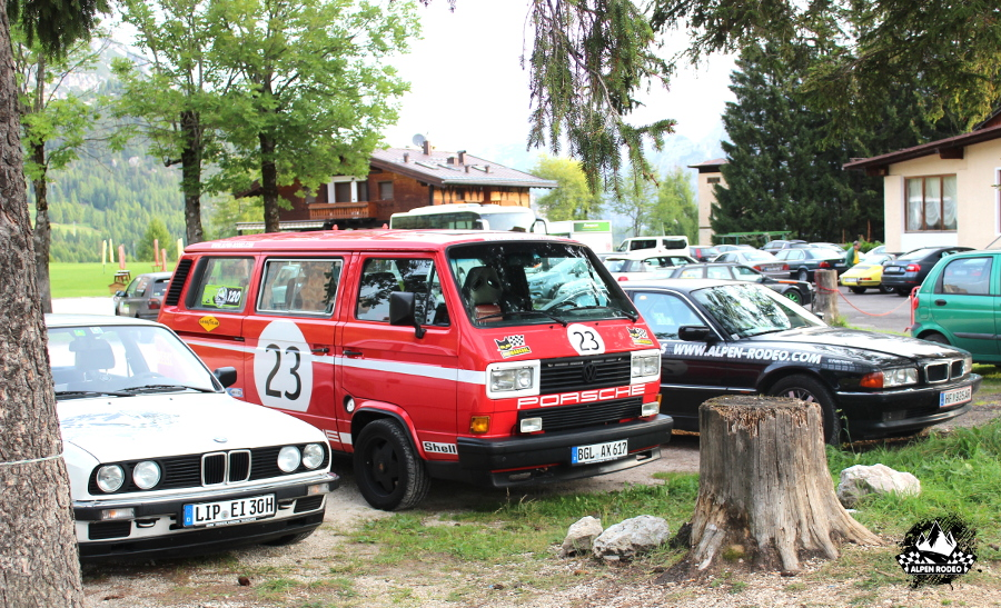 40-alpen-rodeo-youngtimer-oldtimer-adventure-roadtrip-cortina-ampezzo.JPG