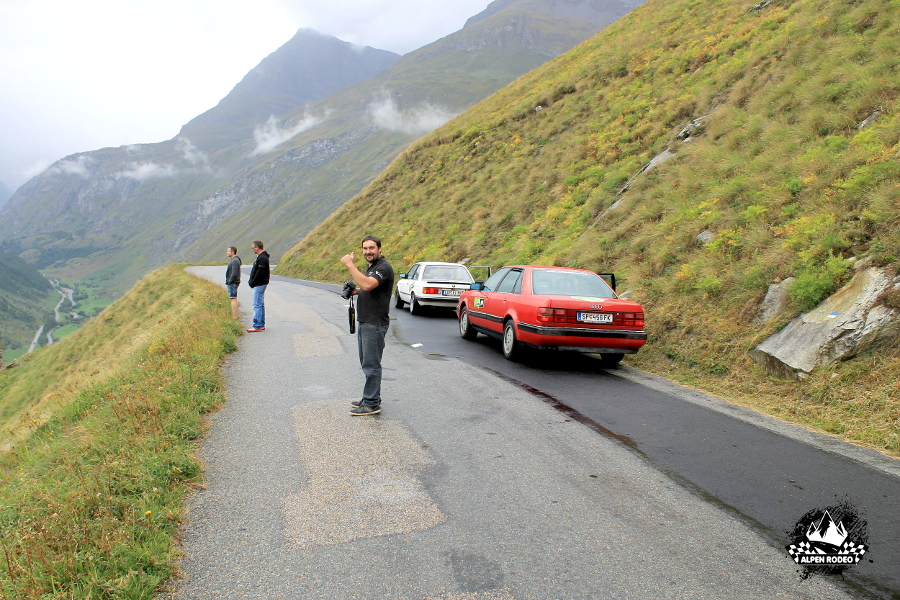 12.4-alpen-rodeo-youngtimer-oldtimer-adventure-roadtrip-2017-routedesgrandesalpes.JPG