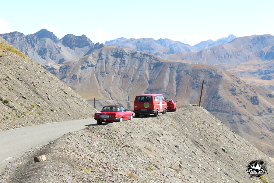 18-alpen-rodeo-youngtimer-oldtimer-adventure-roadtrip-2017-coldelabonnette-ferrari-f355-gts-vw-bus-t3-wbx-turbo.JPG